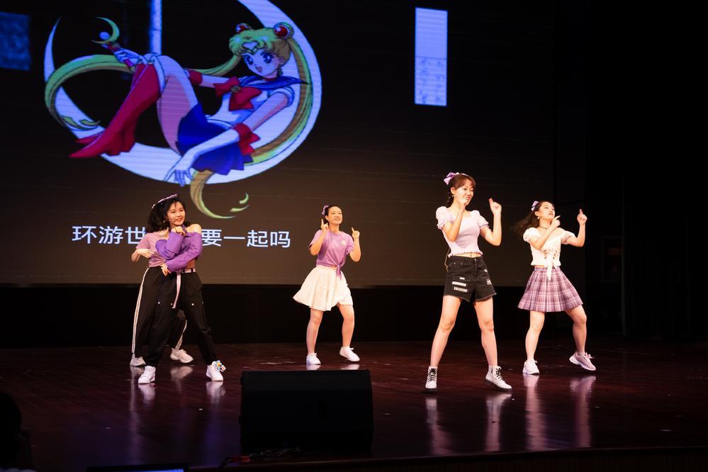 5学生舞蹈 (1).jpg