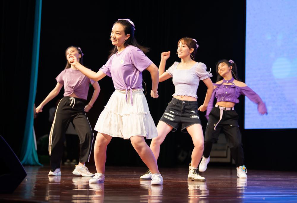 5学生舞蹈 (2).jpg